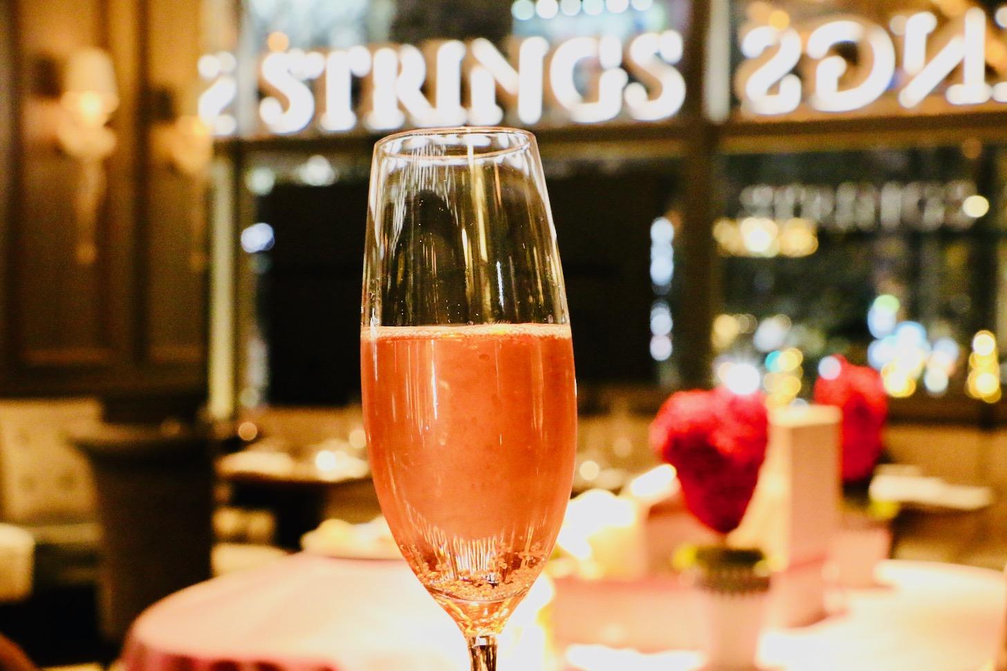 オリジナルカクテル ローズ香るスパークリングワイン