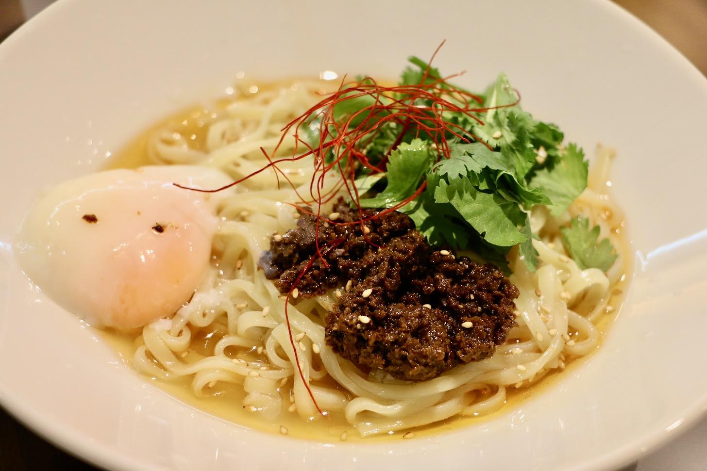 温玉パクチー涼麺
