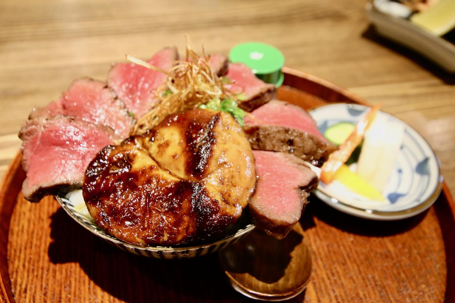 「背徳のロッシーニ丼」(2,000円税込)
