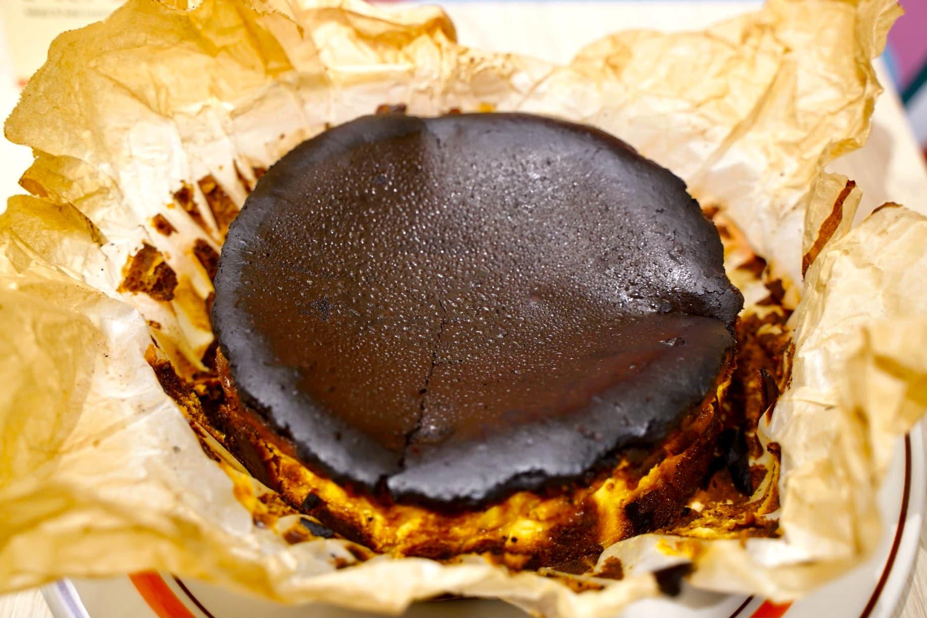 グルテンフリーのバスク風チーズケーキ 580円